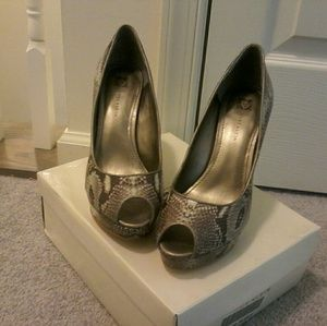 New Anne Klein  shoes